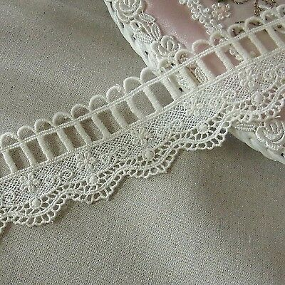 1yd Vintage Style scalloped Embroidery Cotton Fabric Crochet Lace Trim4.5cm WD