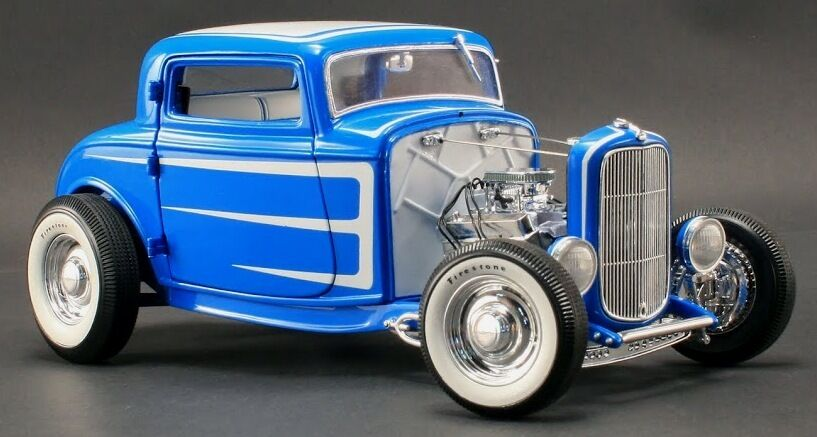 1932 Ford Grand National Deuce Deuce Deuce Series blueE 1 18 GMP 1805008 5a3040