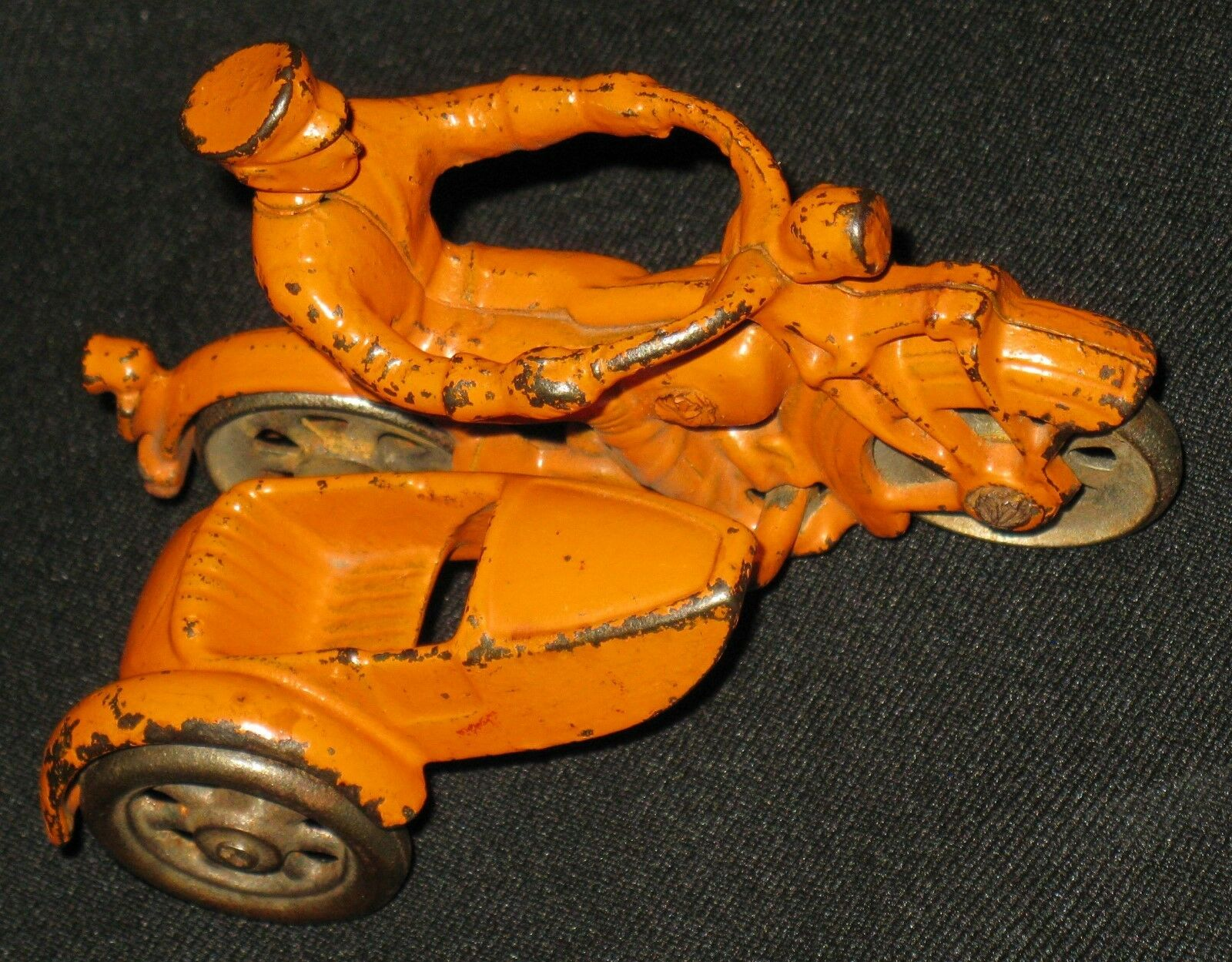 VINTAGE ORIGINAL CAST METAL TOY MOTORCYCLE w SIDE CAR PRE-1940 SPOKE WHEELS