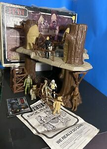 Star Wars Vintage Ewok Playset Complete 1982 W/ Box And Kenner Action Figures
