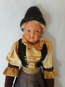 European-Souvenir-Doll-10-034-Tall