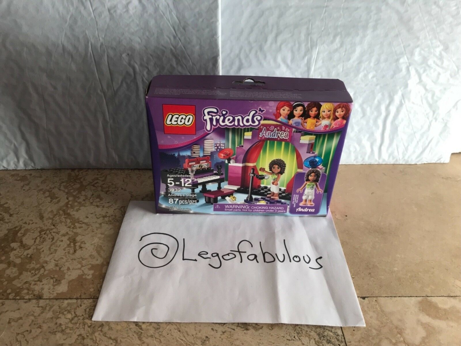 Box Damaged LEGO Friends 3932 Andrea/'s Stage
