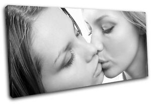 erotic girls kissing