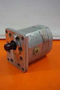 Orsta C40-3 R Hydraulic Pump Doppelpumpe Tgl 10859 Hydraulic-Pump Zahnradmotor