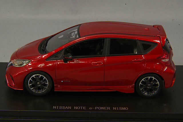 1 Ebbro MMP modelo Nissan Note 43 E-Power Nismo Granate Rojo 2018