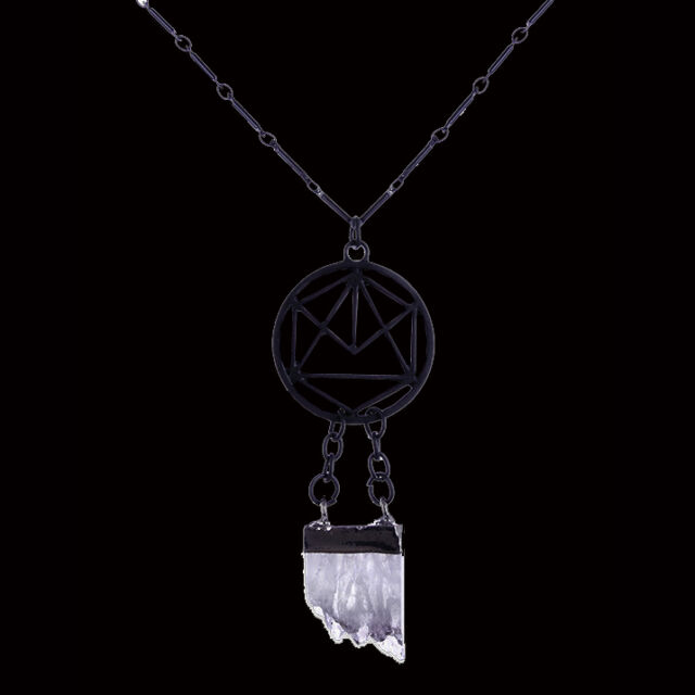 RESTYLE GEOMETRIC CRYSTAL PENDANT IN MATTE BLACK. CLEAR QUARTZ CRYSTAL. GOTHIC.