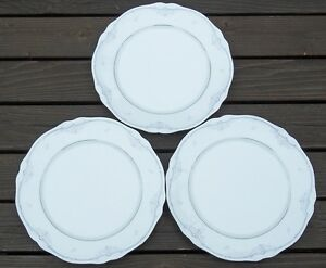 NORITAKE-SABETHA-SET-OF-3-DINNER-PLATES-PRISTINE
