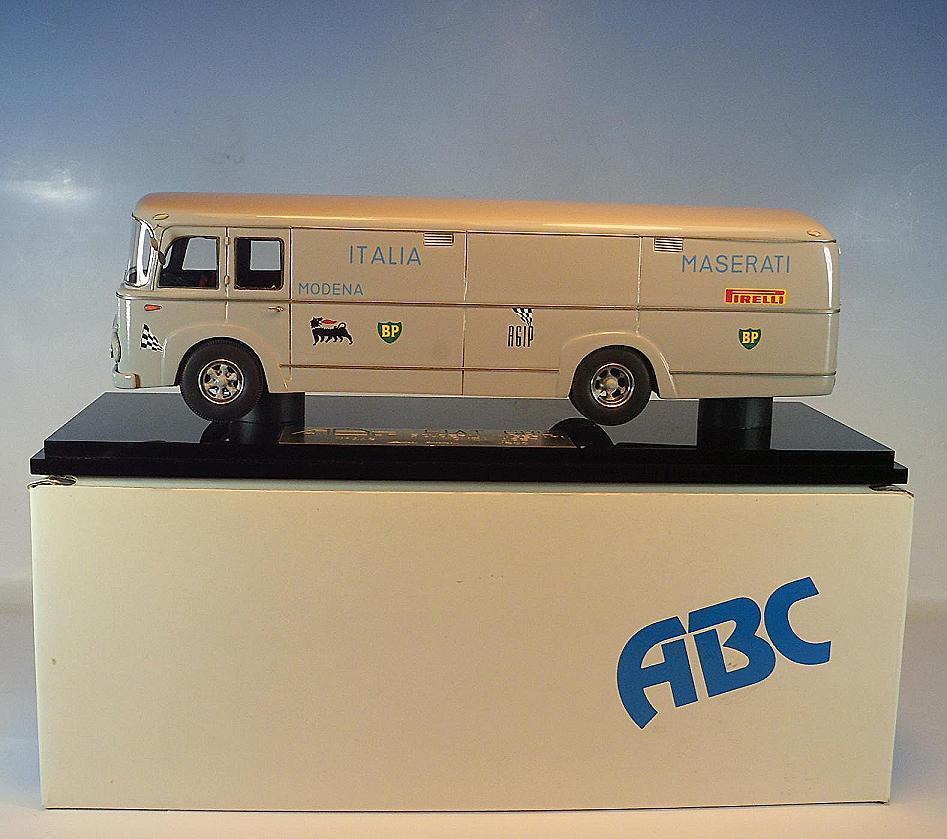 ABC modello 1 43 Nº 119 FIAT 682 nr2 SCUDERIA MASERATI Berline 023 500 neuf dans sa boîte  003