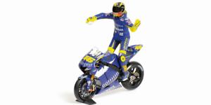 Valentino-Rossi-Yamaha-yzr-m1-MOTO-Y-Figura-MotoGP-DONINGTON-2005