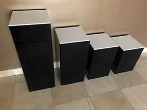 Acrylic-Display-Art-Sculpture-Stand-Pedestal-Black-amp-White-top-4-steps-set