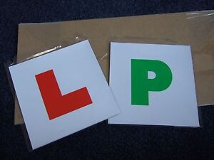 Brand-New-pack-of-two-L-Plates-amp-P-Plates-magnetic