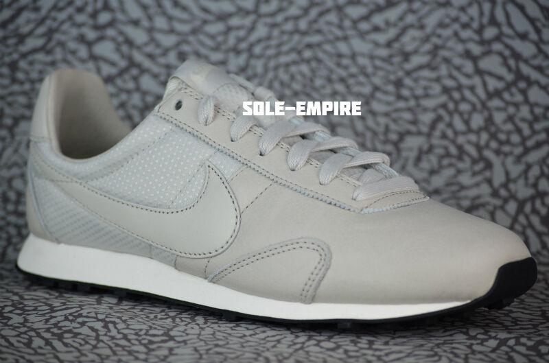 Nike Pinnacle WMNS Pre Montreal Racer Pinnacle Nike 839605-001 Leather Light Bone Sail Waffle 090ca2