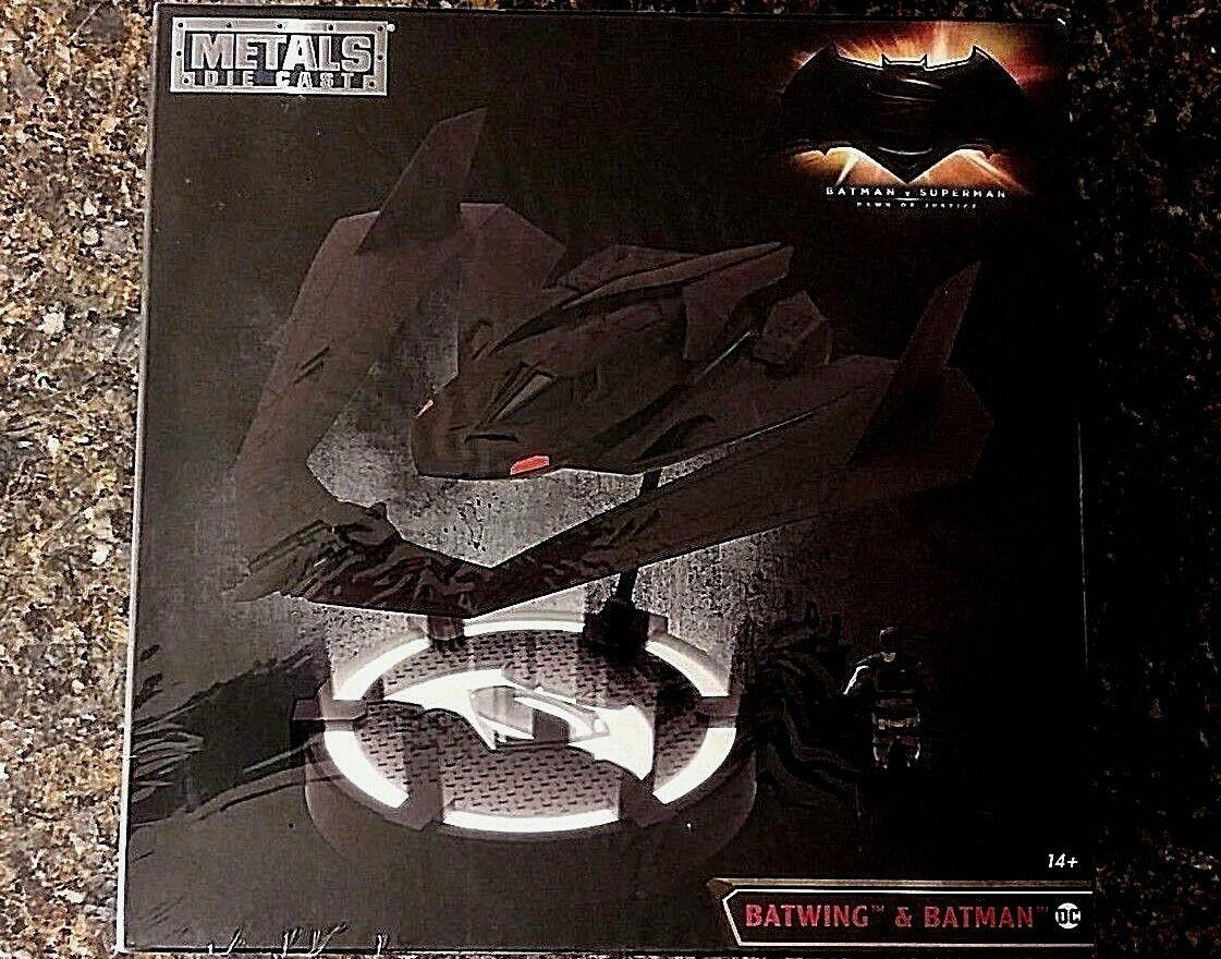 Ala de murciélago con Figura De Batman Dc Comics metales Diecast Escala 1 32