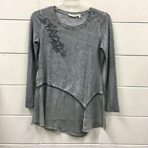 Soft-Surroundings-Top-XS-Embroidered-Floral-Gray-Long-Sleeve-Tunic-Sheer-bottom