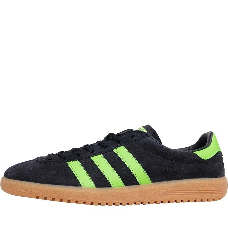 Adidas ORIGINALS Da Uomo Bermuda Scarpe da ginnastica Core nero verde gum-Taglia 12.5 UK | Bella arte  | Maschio/Ragazze Scarpa