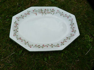 Johnson brothers eternal beau  meat serving plate in good condition - Shefford, Bedfordshire, United Kingdom - Johnson brothers eternal beau  meat serving plate in good condition - Shefford, Bedfordshire, United Kingdom
