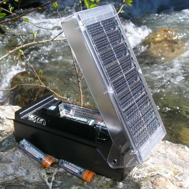 New Solar Battery Charger For AA AAA C & D! With 2 AA Rechargeable Batteries!!