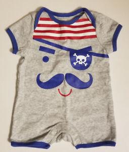 b48981381676 Old Navy Baby Boy s Short Sleeve One Piece Romper Size 0-3 Months