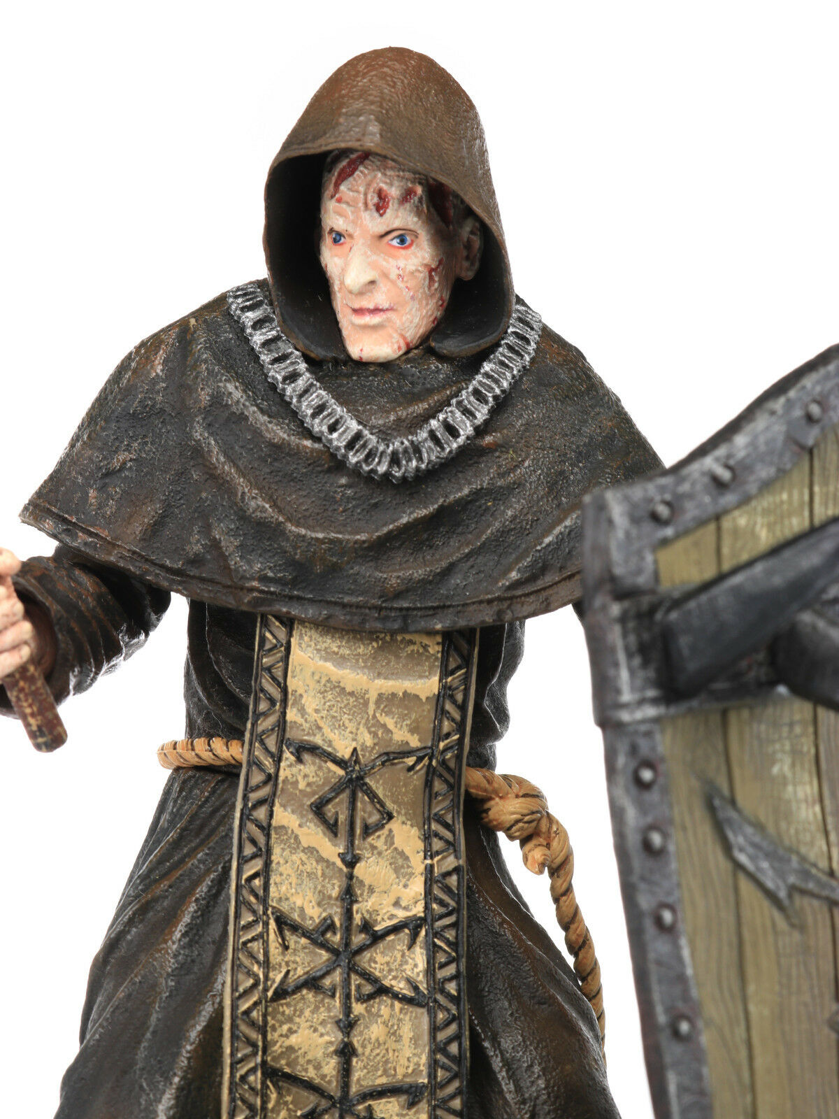 Resident Evil 4 Series 2 Hood & Shield LOS ILLUMINADOS ILLUMINADOS ILLUMINADOS MONK Action Figure NECA 1d9a66