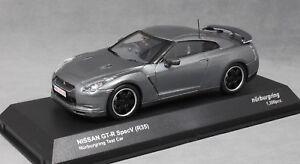 KYOSHO-NISSAN-GT-R-Spec-V-R35-Nurburgring-test-auto-in-Grigio-Metallizzato-03742NU-1-43