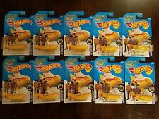 Hot Wheels 2016 The Beatles Yellow Submarine HW Screen Time (Lot of 10) *NEW*