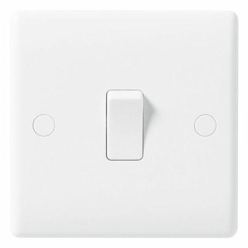 USB BG Nexus White Moulded Sockets /& Switches