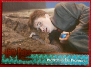 HARRY-POTTER-ORDER-OF-THE-PHOENIX-Card-078-PROTECTING-THE-PROPHECY-Artbox