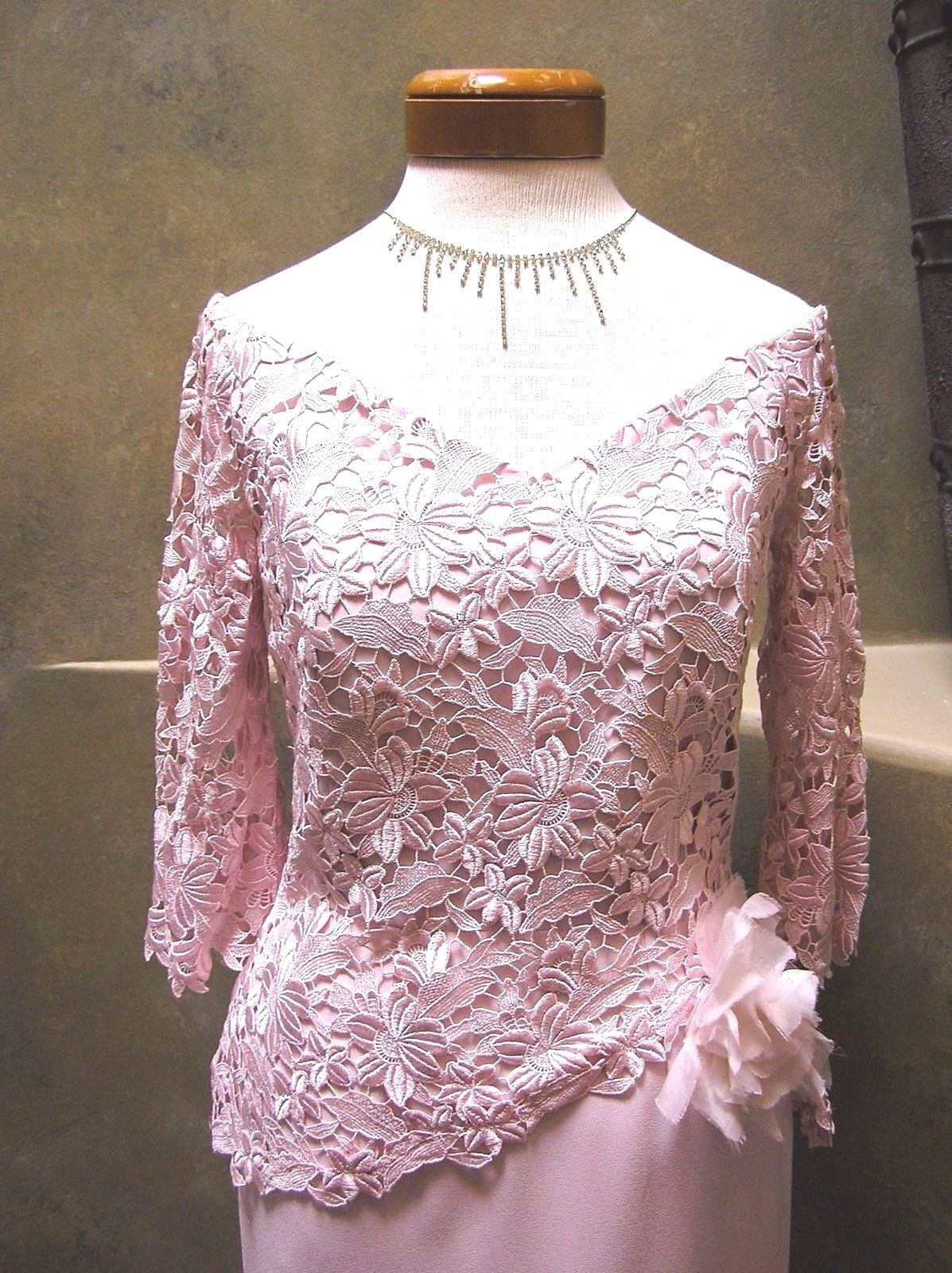 NWOT Daymor Mother of bride MOB formal occasion dress Cameo pink Crepe Lace 4