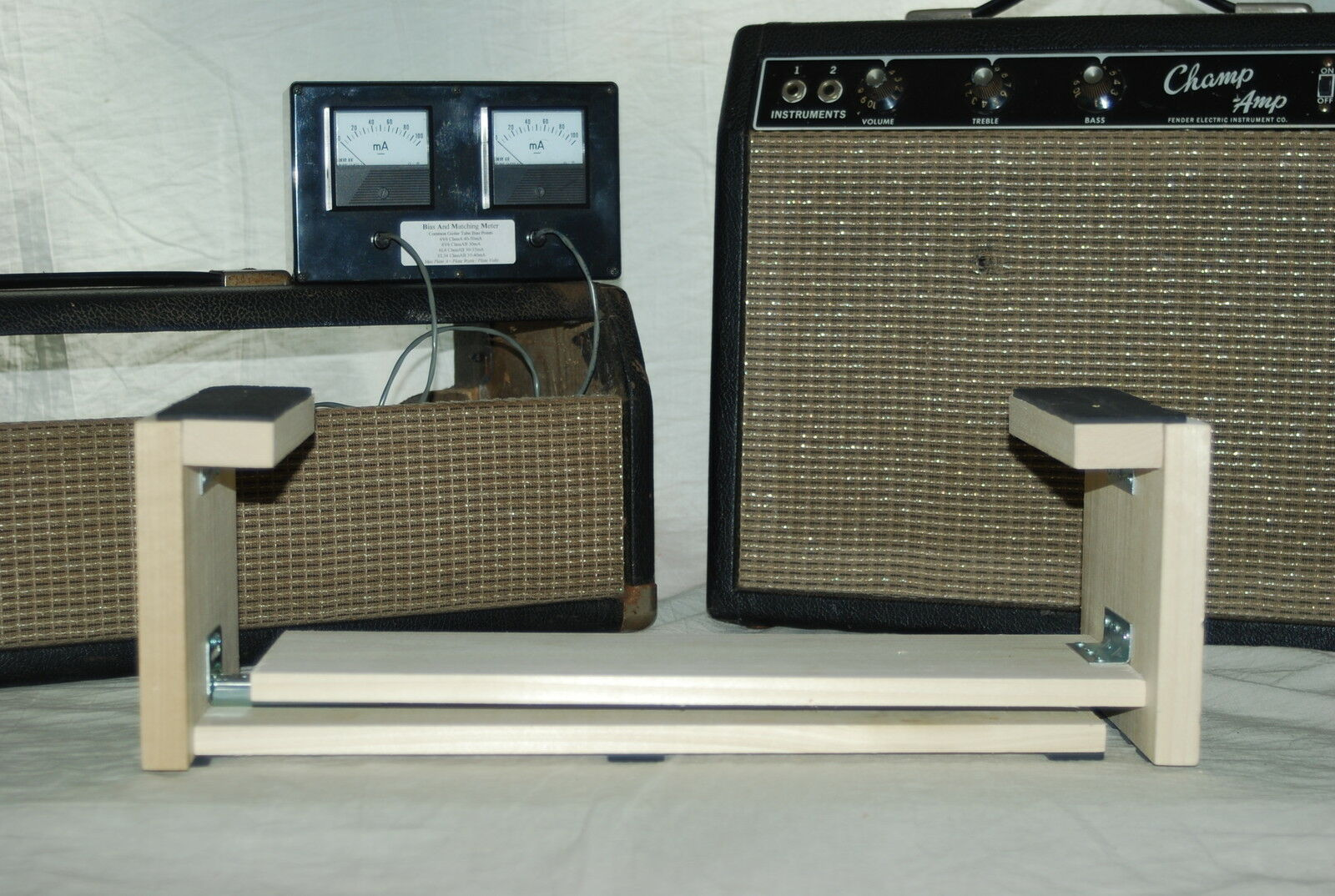 Tube Amp Chassis Cradle Adjustable for Fender or Marshall Amp Repair