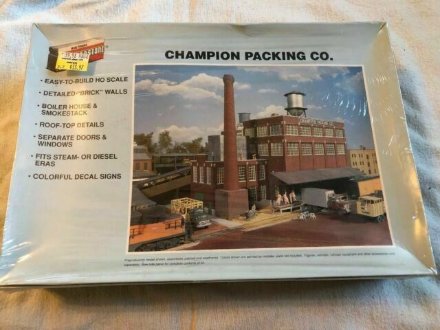 3048 Walthers Cornerstone Champion Packing Plant
