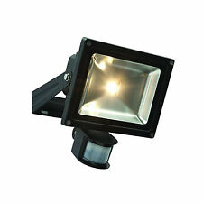 WATERPROOF  ENERGY EFFICIENT WARM LED FLOODLIGHT  20W/ GARDEN/ PATIO/ GARAGE