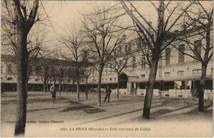 CPA La RÉOLE - Cour intérieure du Collége (140311)