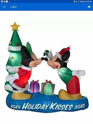 Mickey Mouse and Pluto Christmas Inflatable Indoor//Outdoor Holiday Decoration Gemmy Disney 5 Ft