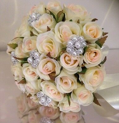 IVORY ROSES POSY 26 BUDS WEDDING  BOUQUET WITH PEARL ROSETTE BROOCH SILK FLOWERS