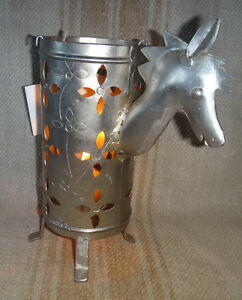 Horse-Candle-Engraved-Nickle-plated-Iron-20x24x9-cm