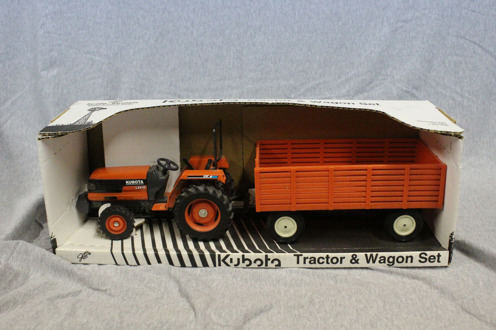 1 16 Scale Models Kubota L3410 et wagon  FK-0620   confortablement