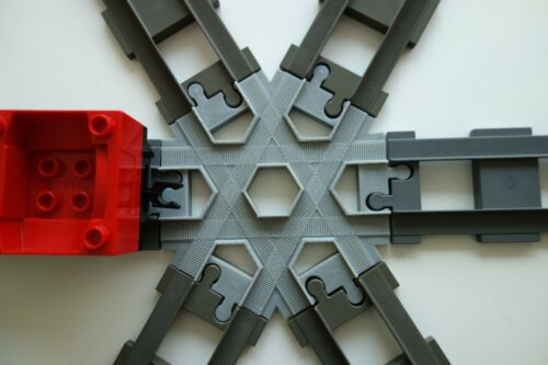 kreuzung Duplo train three tracks cross crossing kreuz 3D Printed GREY