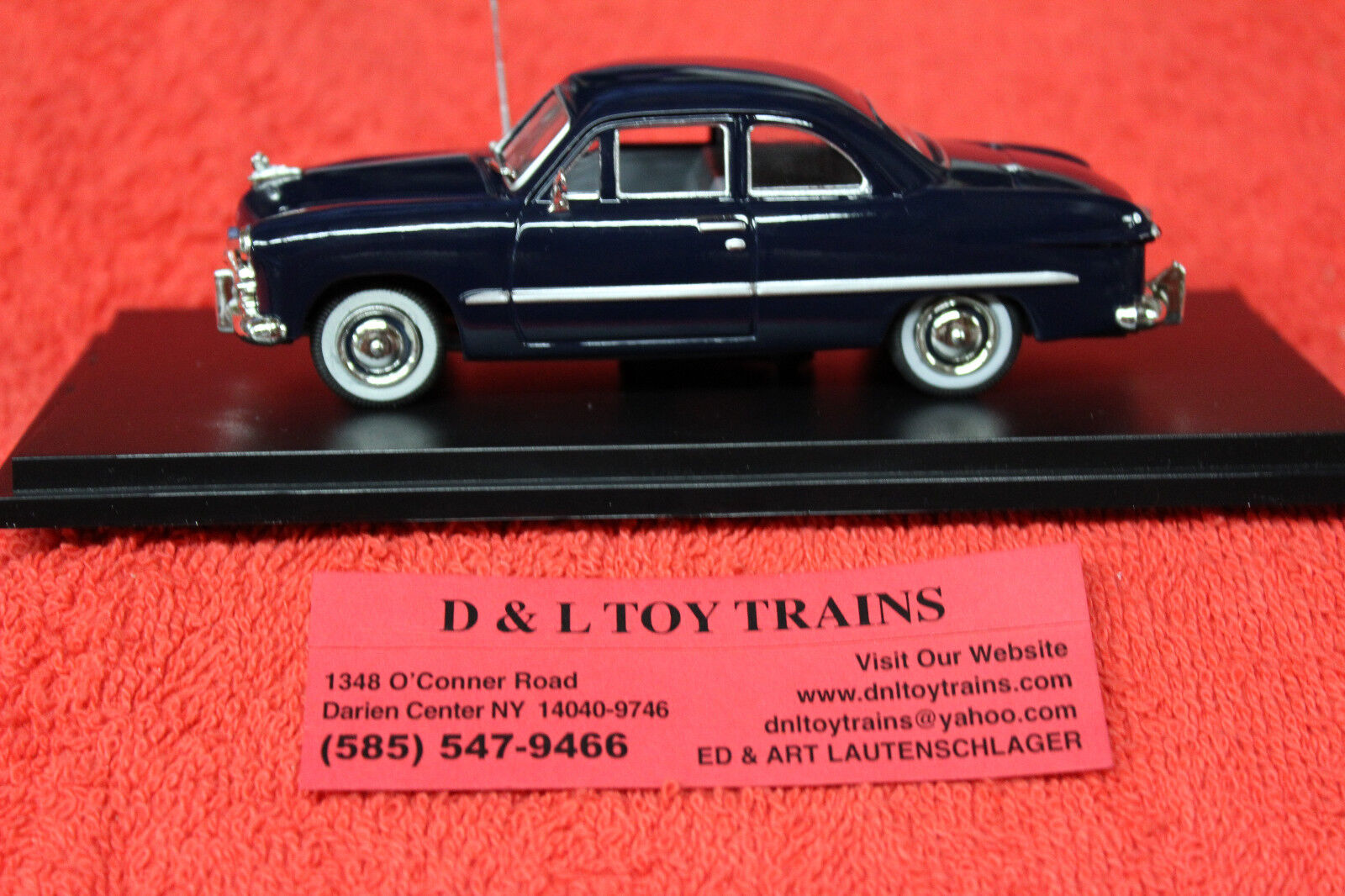 43-404 1949 Ford 2 Door Coupe NEW IN BOX
