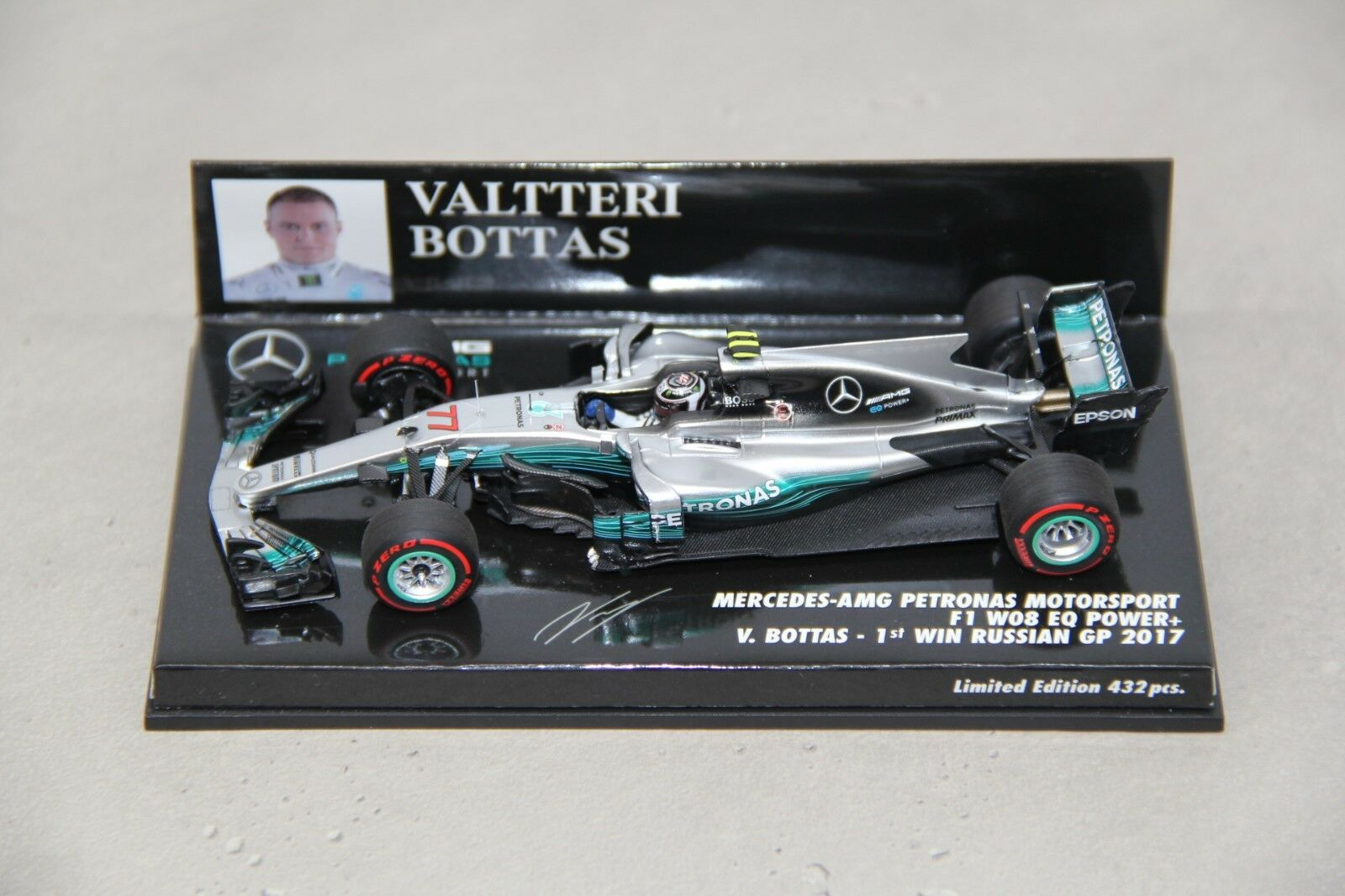 Minichamps 1 43 Mercedes F1 W08 V. Bottas 1st win Russia GP 2017 OVP Russian