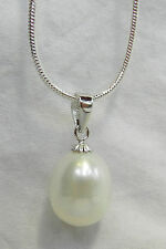 White Japanese Pearl Pendant Necklace with 925 Silver Chain - BNWT (B)