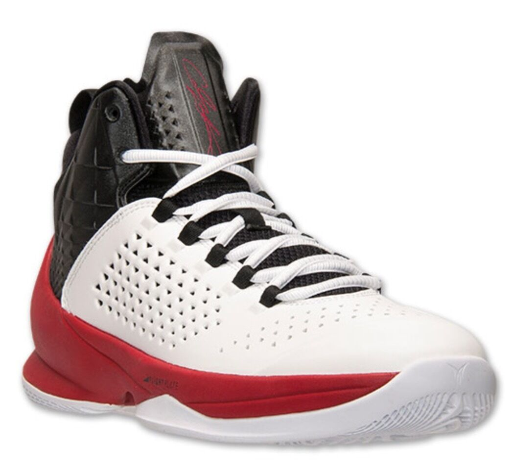 hommes JORDAN MELO M11 BASKETBALL Chaussures SIZE 10.5 MULTI-COLOR