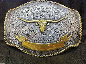 Longhorn-with-Ribbon-Detailed-Belt-Buckle-Silver-and-Gold