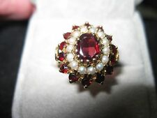 Victorian 15k Yellow Gold Garnet and Seed pearl Ring, size 7.5,  1.92tcw