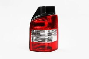 VW-Transporter-T5-03-15-Claro-Trasero-Luz-De-La-Cola-Derecho-Conductor-O-S-1-Puertas-Porton-Trasero