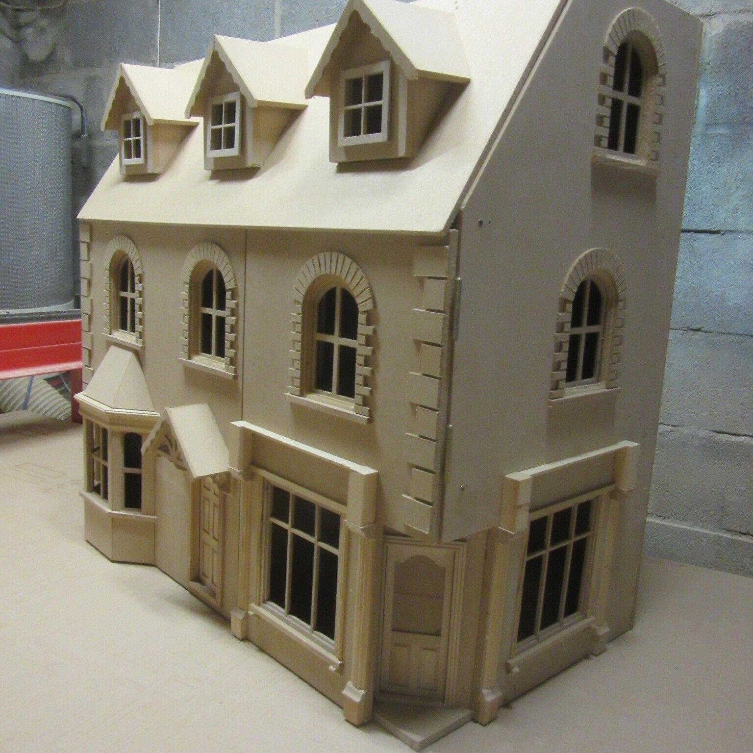 Casa De Muñecas la Newbury tienda de la esquina pub con 5 habitaciones Kit por encima de 30  de ancho