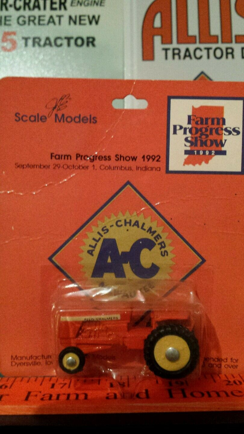 Allis Chalmers 190 1 64 diecast metal farm tractor replica toy  by Scale Models