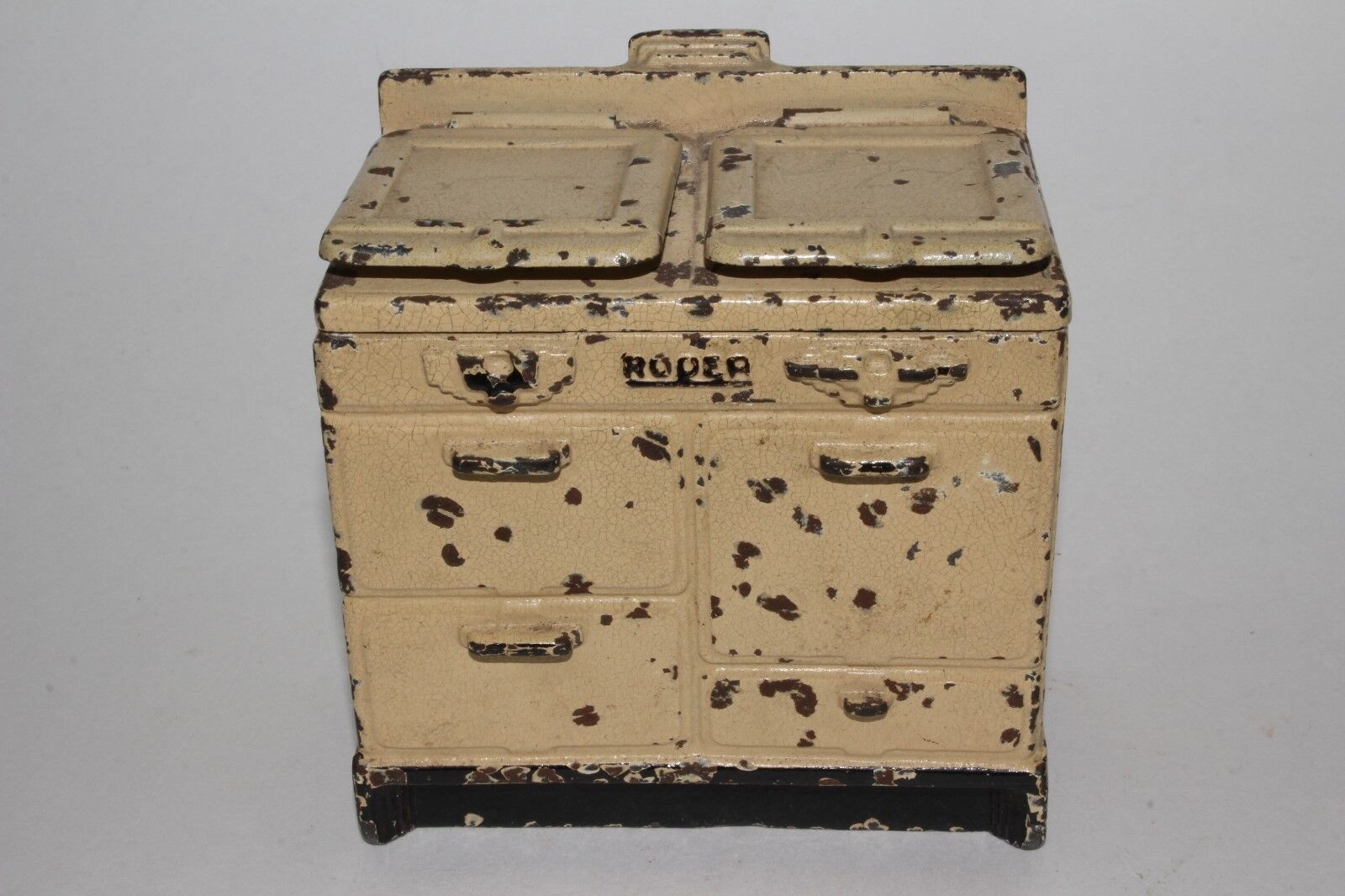 1920's Arcade Toys Cast Iron  Roper  Stove Bank, Original