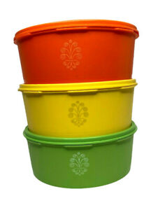 Vtg-3-Tupperware-1204-Servalier-Canisters-with-Lids-Green-Yellow-Orange-EUC