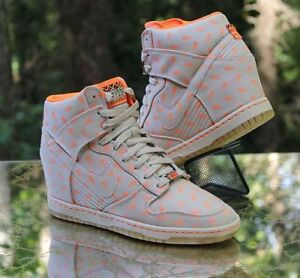 c828e292e5be Nike Women s Dunk Sky High BHM Linen Wedge 586581-200 Size 9.5