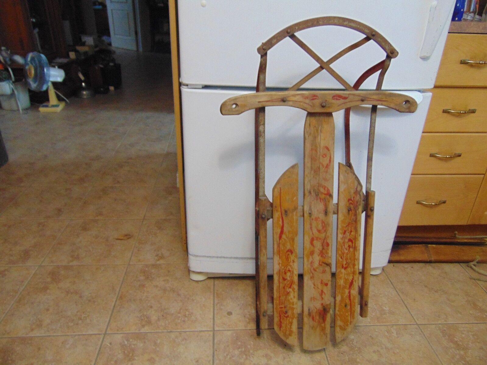 Vintage, wooden snow  sledge   37  long flexible flyer sled   nice